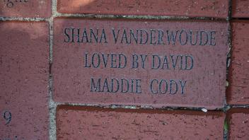 SHANA VANDERWOUDE LOVED BY DAVID MADDIE CODY